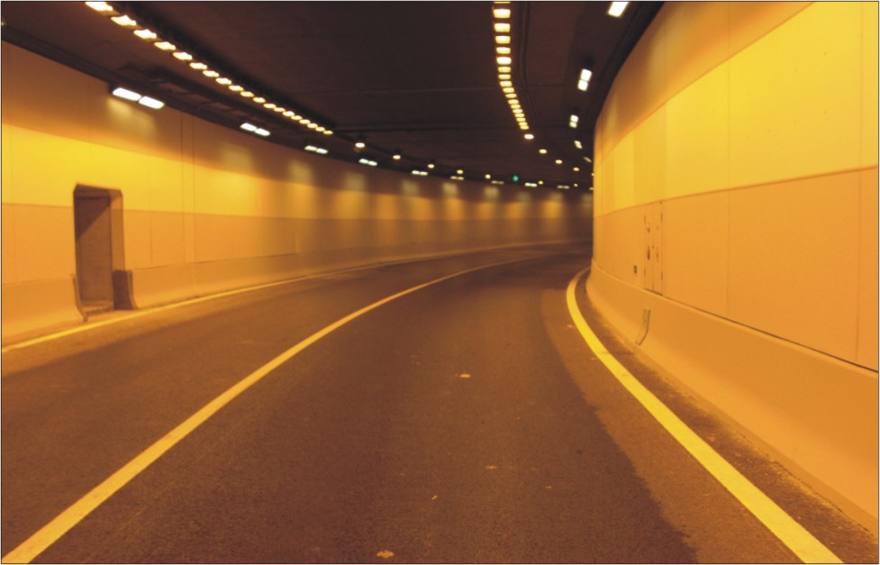 隧道秀壁板的三大基础性能