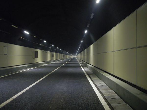 隧道防火板施工环境的标准